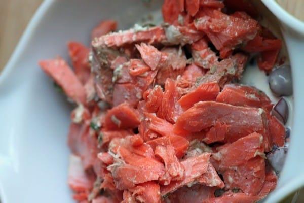 Salmon salad sandwich05