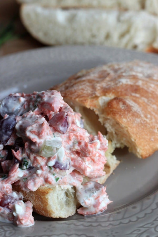 Salmon salad sandwich08