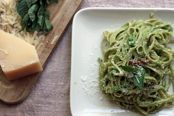 Mint pea pesto linguine07 1