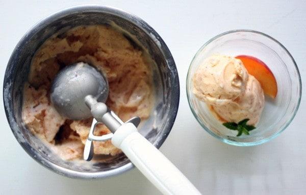 Peach frozen greek yogurt5