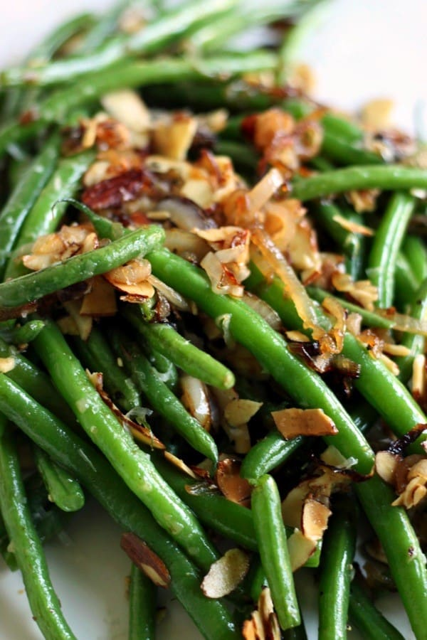 Parmesan toasted almond green beans3